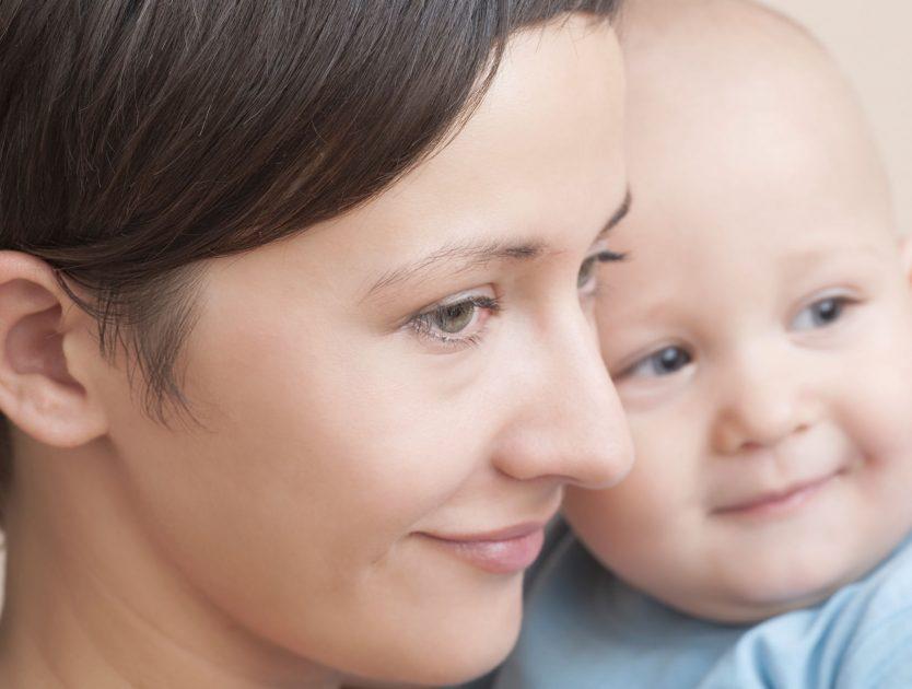 Warum Babys klammern