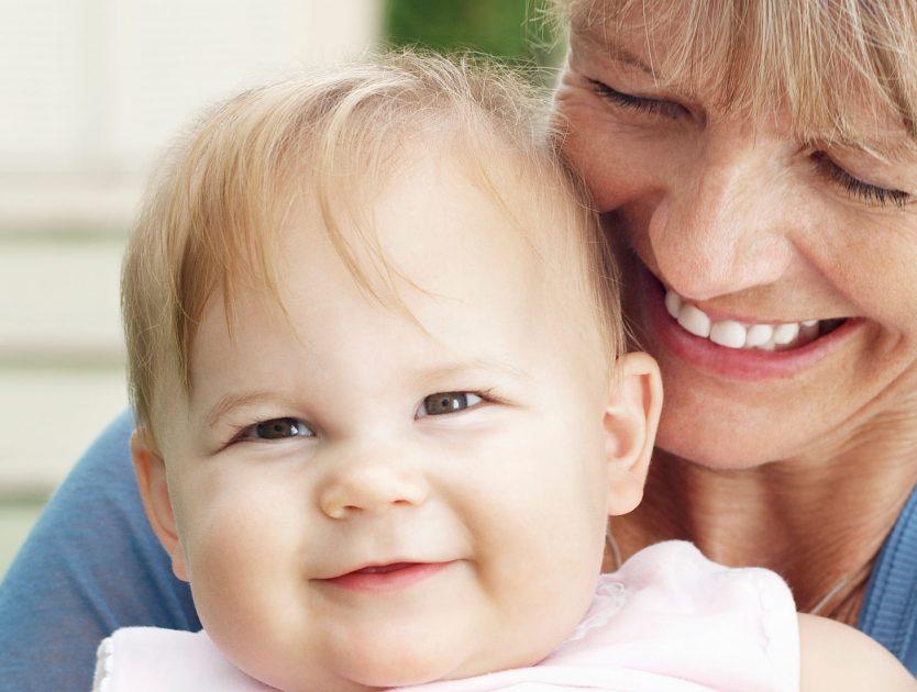 Oma - nicht nur als Babysitter wichtig!